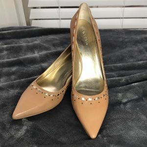 🤩Beautiful Leather NINE WEST pointy toe pumps